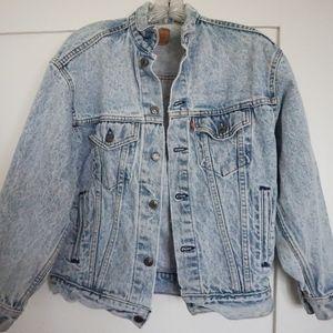 Acid washed vintage Levi's jean jacket